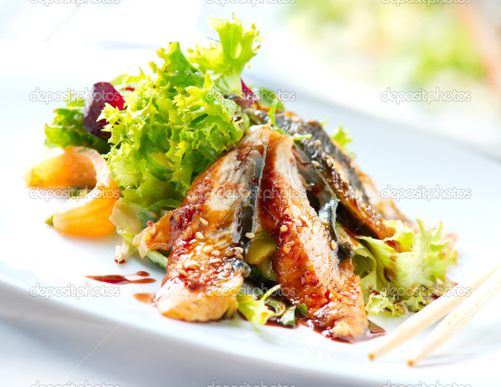 depositphotos 24594153-Salad-With-Smoked-Eel-with-Unagi-Sauce.-Japanese-Food